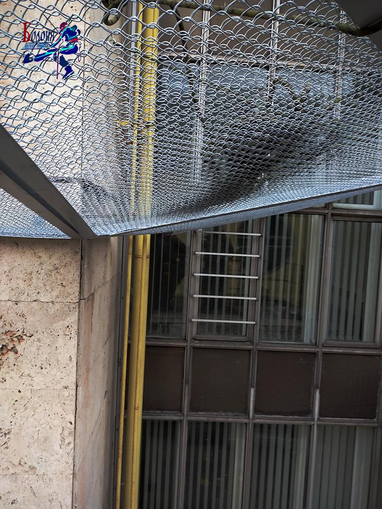 Двойные защитно-улавливающие сетки применяются для улавливания тяжелых или падающих с большой высоты элементов фасада